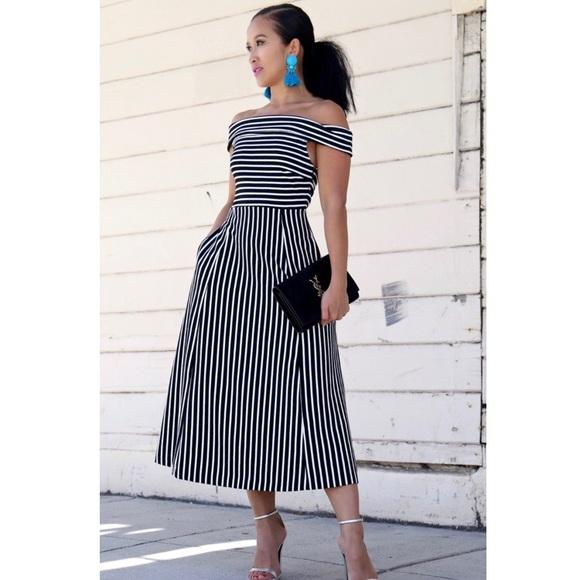 ea90091b4118d Banana Republic Dresses   Skirts - Banana Republic off the shoulder striped  dress